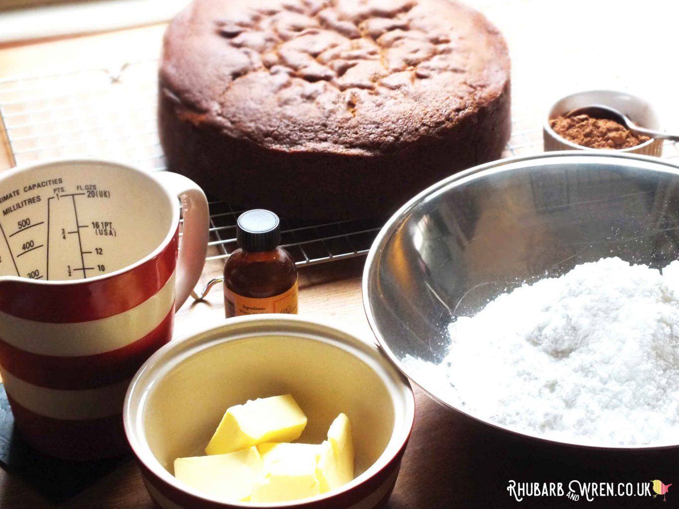 ingredients for icing a milk chocolate cake