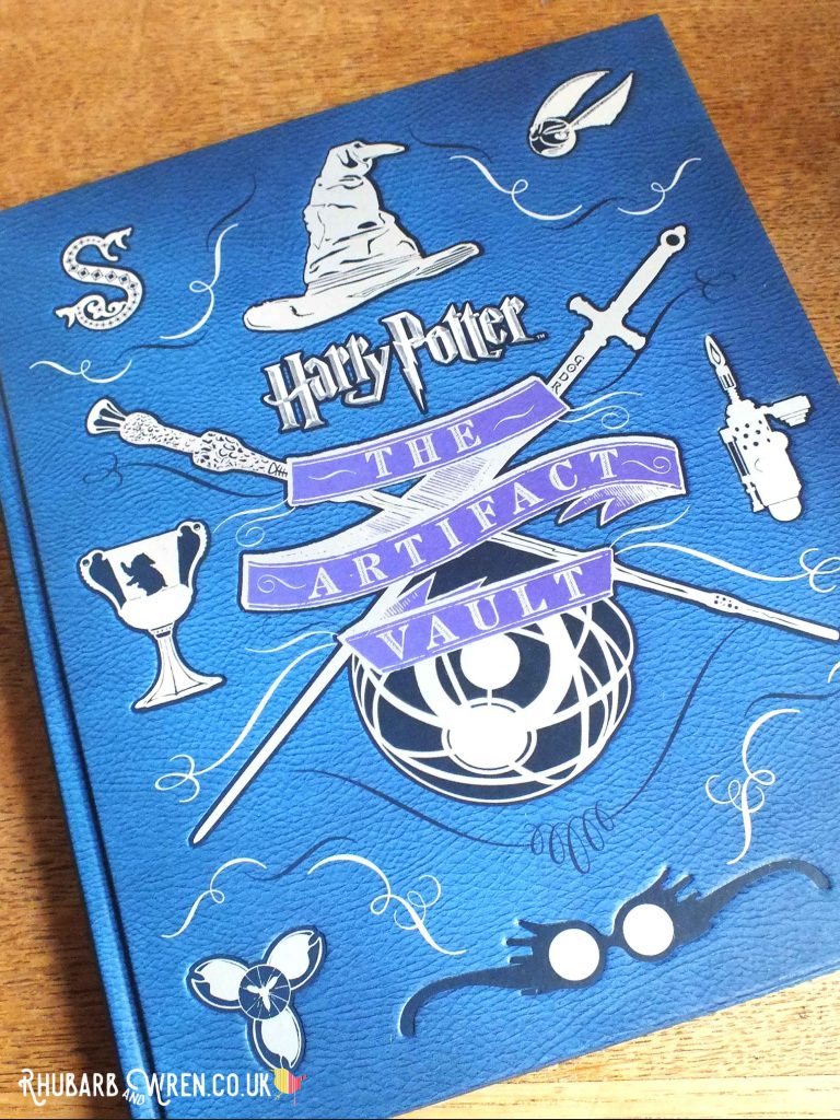 Harry Potter - the Artifact Vault book