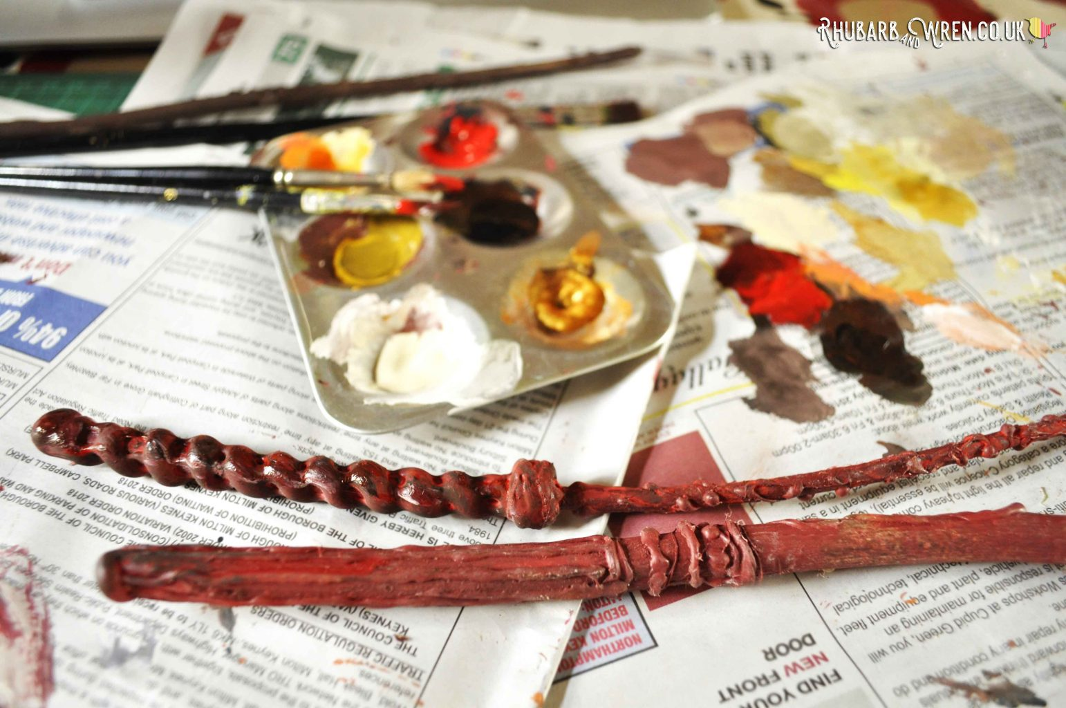 Adding highlights to a diy Harry Potter wand