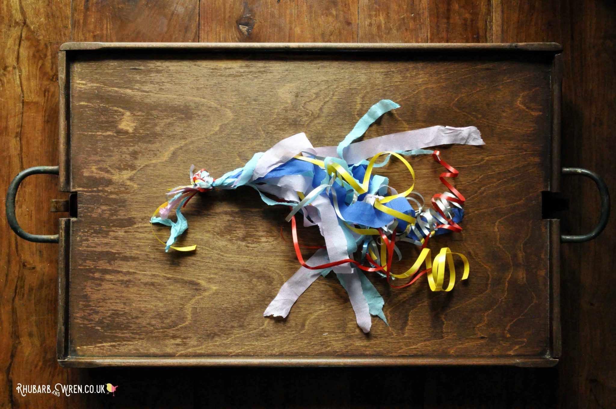 Paper fireworks craft for kids - making the tail
