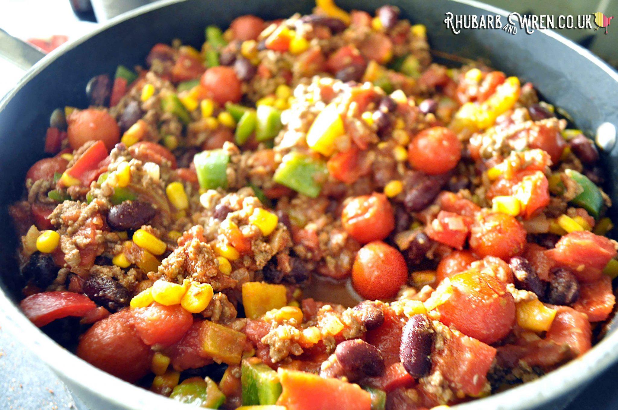 Family friendly recipe for beef or vegan chilli dinner